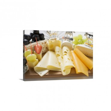 Cheese Platter With Grapes And Crackers Wall Art - Canvas - Gallery Wrap
