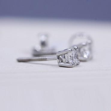0.75CT Diamond Stud Earrings
