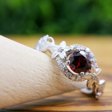 Garnet Floral 14K Gold Diamond Ring