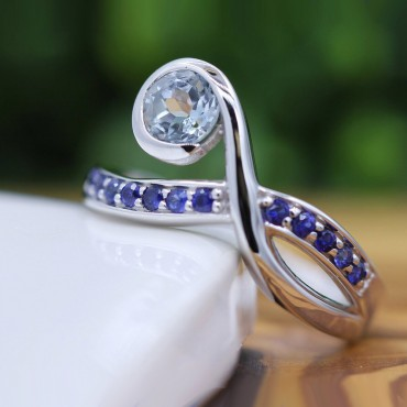 14K Gold Aquamarine With Blue Sapphire Cocktail Ring