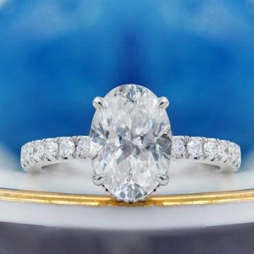 Oval Moissanite Engagement Ring