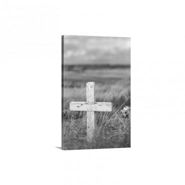 Wooden Cross In Cemetery Wall Art - Canvas - Gallery Wrap